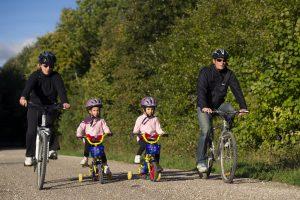 Balade à vélo en famille - Cyclotourisme